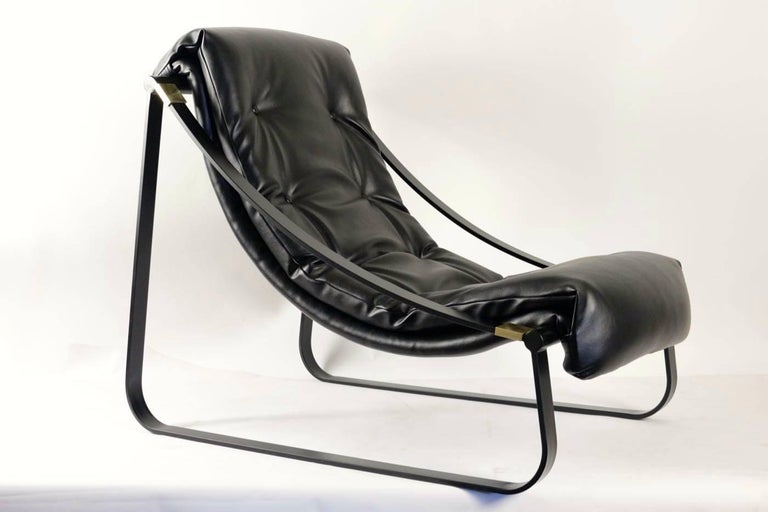 Mid-Century Modern 1970s Pair of Black Lounge Chairs For Sale