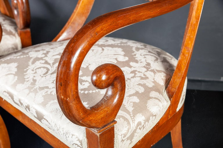 Set of Eight Italian Chairs and a Pair of Armchairs For Sale 2