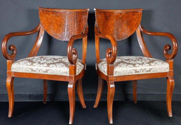 Set of Eight Italian Chairs and a Pair of Armchairs For Sale 7