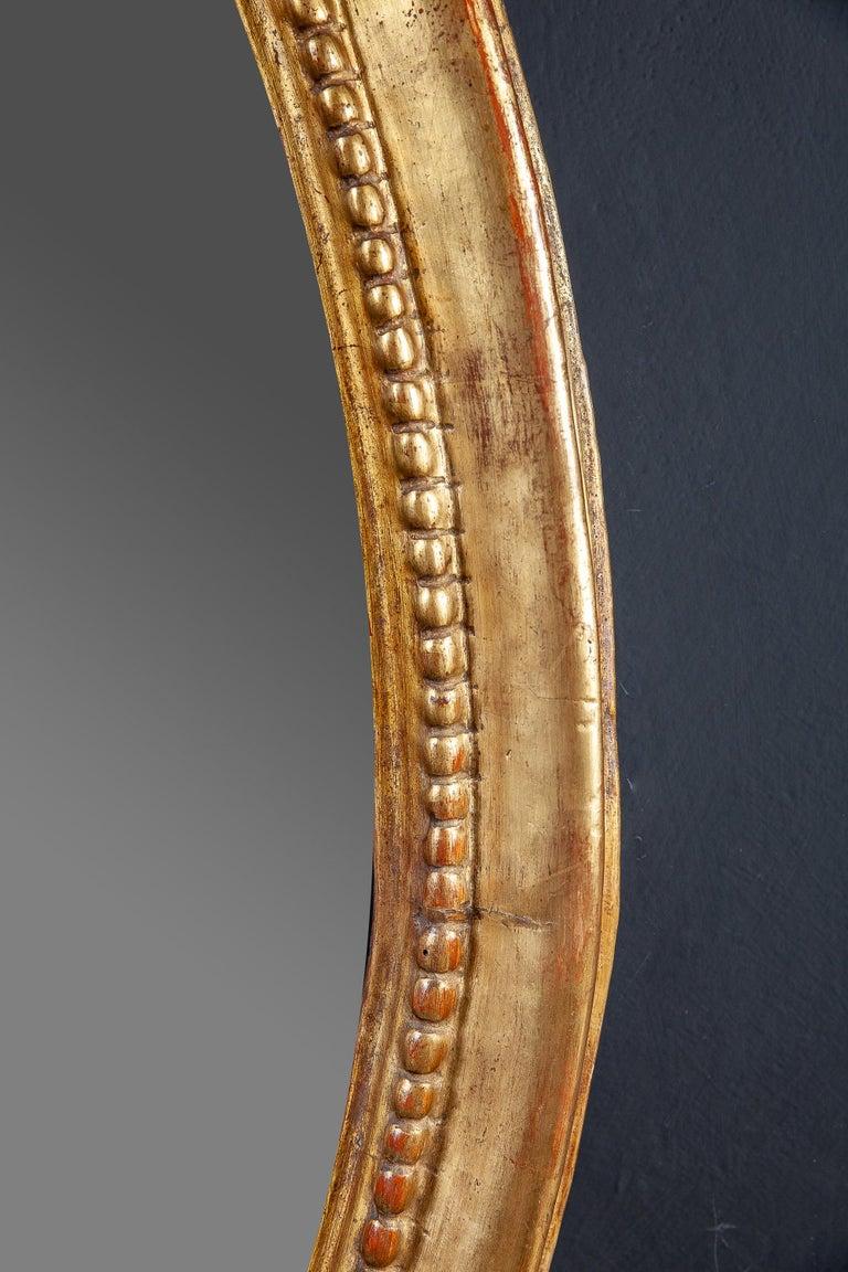 18th Century Italian Oval Shape Giltwood Mirror For Sale 1