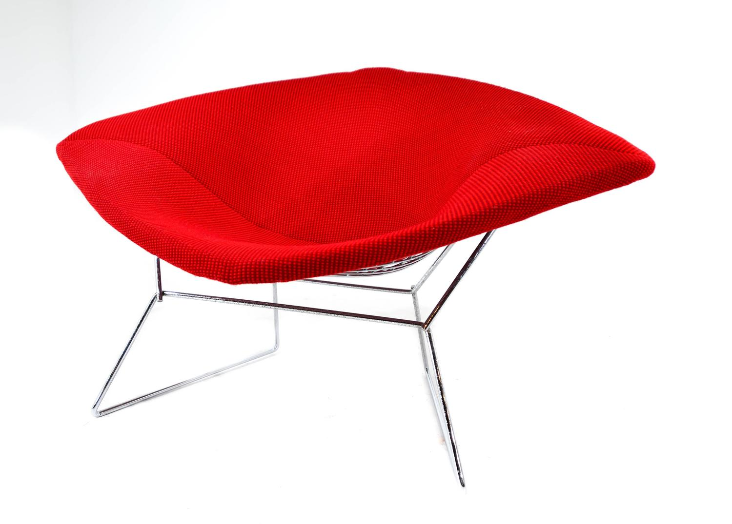 harry bertoia wide diamond chair at 1stdibs. Black Bedroom Furniture Sets. Home Design Ideas