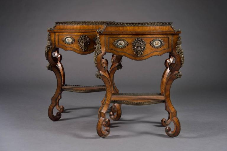 Fine Pair of French Rococo Style Bonze Mounted Side Tables/Planters In Excellent Condition For Sale In Beverly Hills, CA