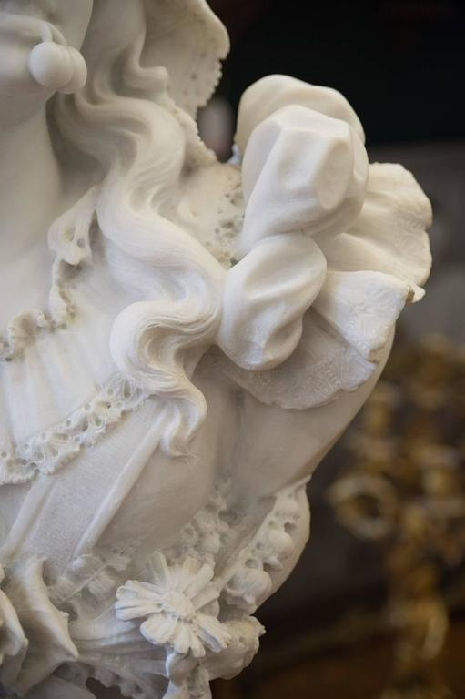 Hand-Carved Antique Italian Carrara Marble Bust of a Young Lady For Sale
