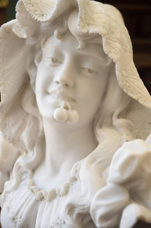 Antique Italian Carrara Marble Bust of a Young Lady For Sale 2