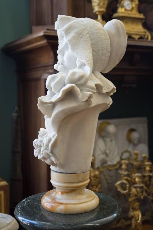 Antique Italian Carrara Marble Bust of a Young Lady For Sale 4