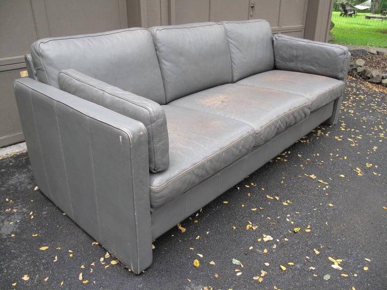 modern grey leather sofa at 1stdibs. Black Bedroom Furniture Sets. Home Design Ideas