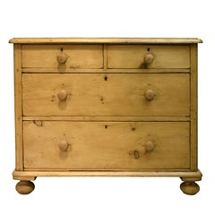 19th Century English Country Chest of Drawers in Pine