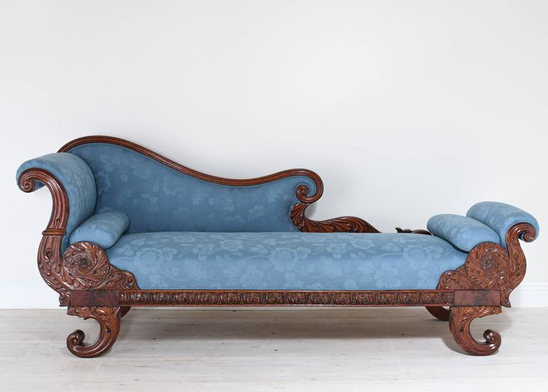 Carved 19th Century Empire Recamier Or Fainting Couch In Mahogany With Upholstery For