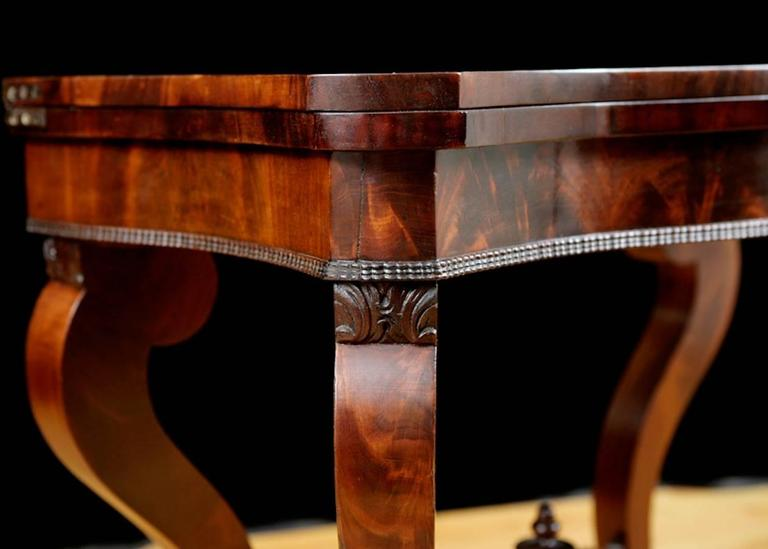 19th Century American Game Table, Attributable to Meeks & Sons, NY, circa 1840 For Sale