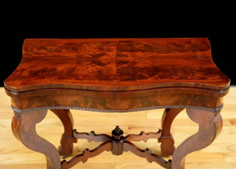 American Empire American Game Table, Attributable to Meeks & Sons, NY, circa 1840 For Sale