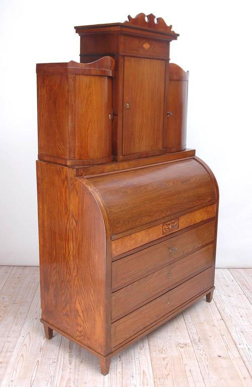 North German Ash Wood Empire Secretary with Inlay, circa 1810 In Good Condition For Sale In Miami, FL