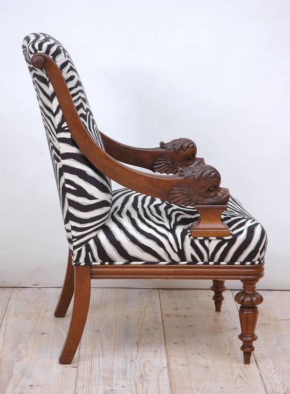 Pair of Upholstered French Napoleon III Bergères with Carved Dolphin circa 1870 For Sale 4