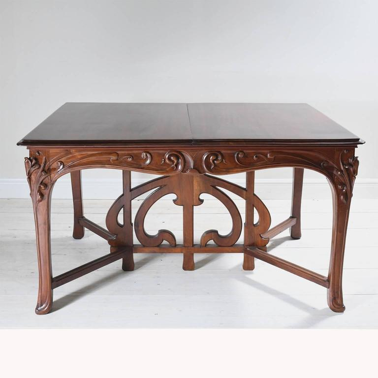 Walnut Art Nouveau Dining Suite with Six Chairs and Extension Table, France, circa 1900 For Sale