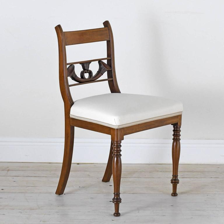 Set of 4 Antique English Regency Dining Chairs in Mahogany w/ Upholstered Seat In Good Condition For Sale In Miami, FL