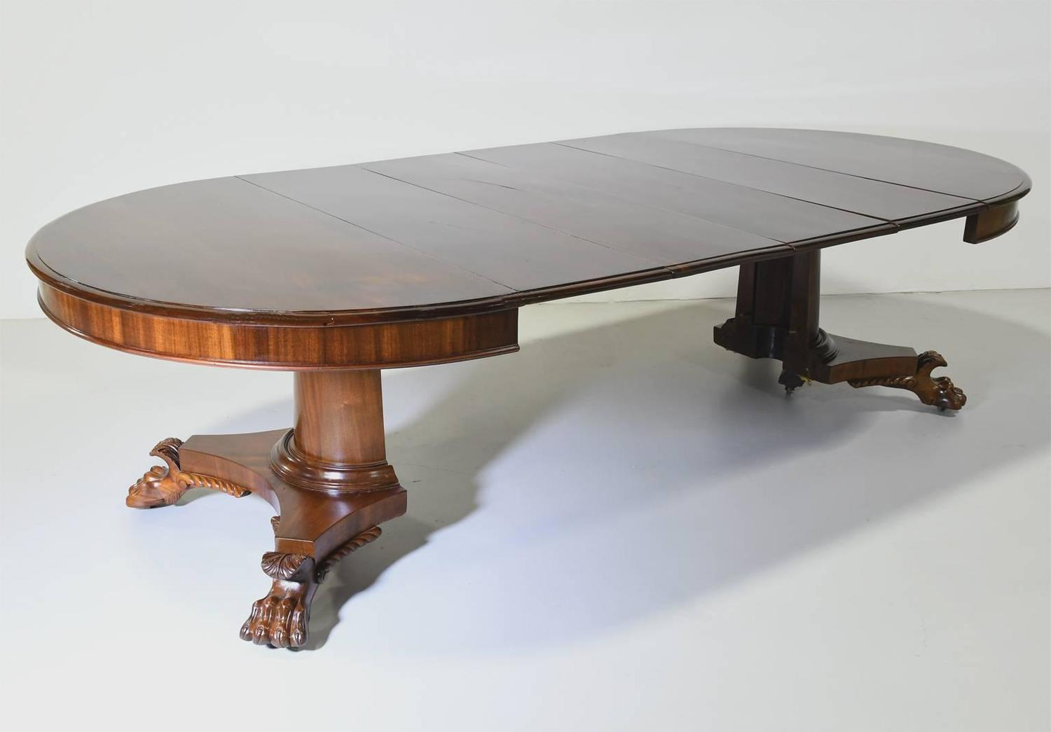 Round empire center pedestal dining table with four for Round pedestal table with leaf