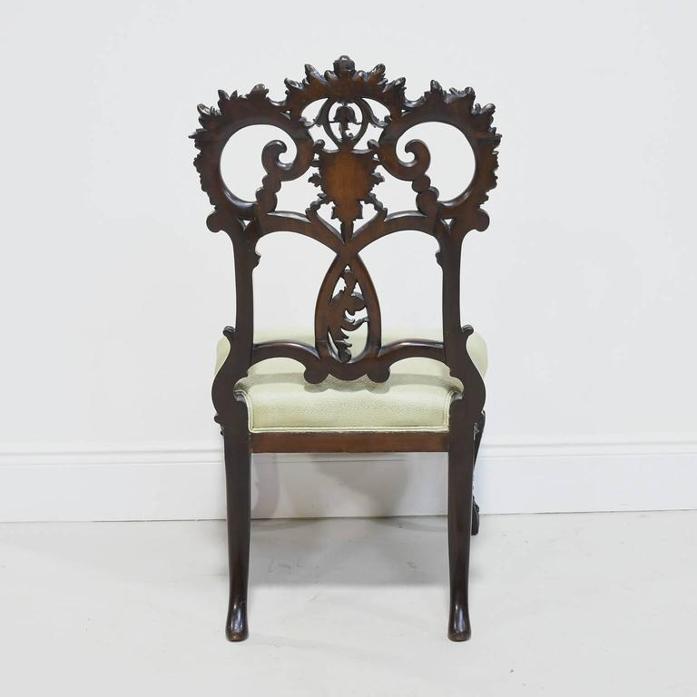 Fine Pair of Early 19th Century American Rococo Revival Chairs in Mahogany For Sale 5