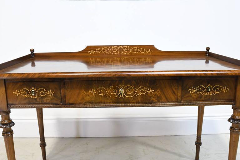 Regency 19th Century Christian VIII Scandinavian Writing Desk in Mahogany with Marquetry For Sale