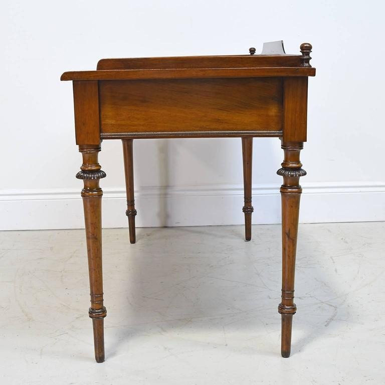 19th Century Christian VIII Scandinavian Writing Desk in Mahogany with Marquetry For Sale 1