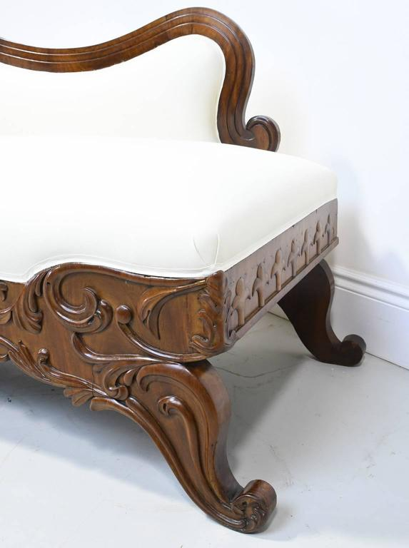 19th Century Empire Meridienne or Recamier in Carved Mahogany with Upholstery For Sale 4