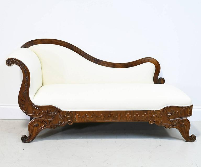 19th Century Empire Meridienne or Recamier in Carved Mahogany with Upholstery 2