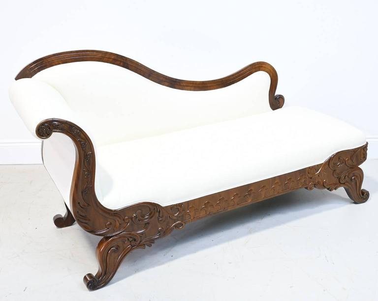 19th Century Empire Meridienne or Recamier in Carved Mahogany with Upholstery 3