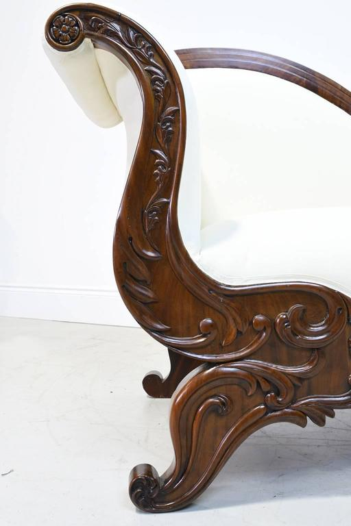 19th Century Empire Meridienne or Recamier in Carved Mahogany with Upholstery In Good Condition For Sale In Miami, FL