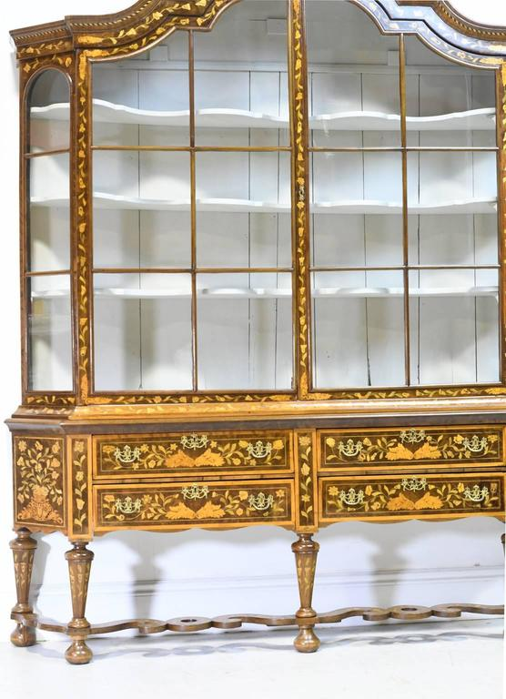 Early 19th Century Dutch Vitrine/Glass Display Cabinet with Marquetry, c. 1800 For Sale 1