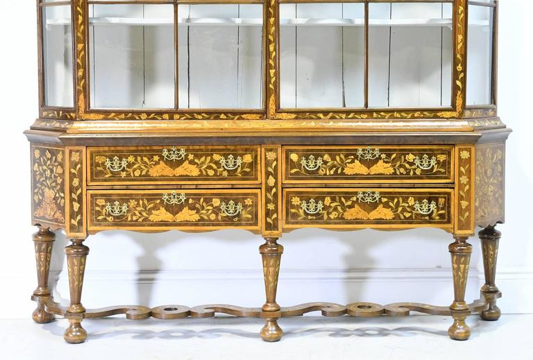 Early 19th Century Dutch Vitrine/Glass Display Cabinet with Marquetry, c. 1800 6