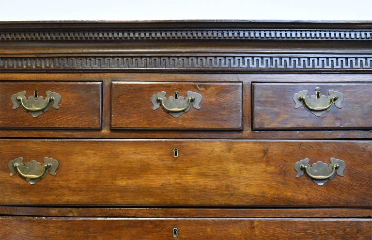 18th Century English George III Chest on Chest in Oak with Pull Out Secretary For Sale 4