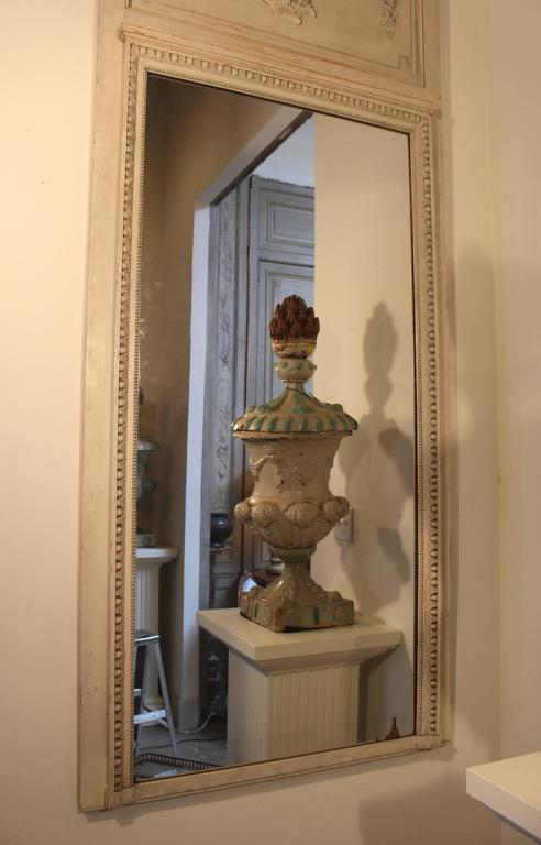 French Louis XVI Style Trumeau Mirror with a Painted Finish For Sale 1