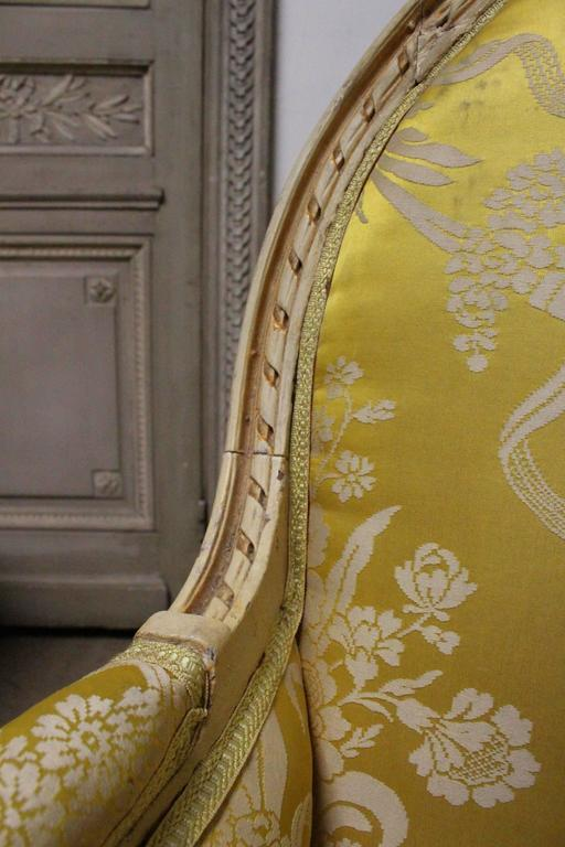 Very Large Pair of French Louis XVI Style Bergeres For Sale 2