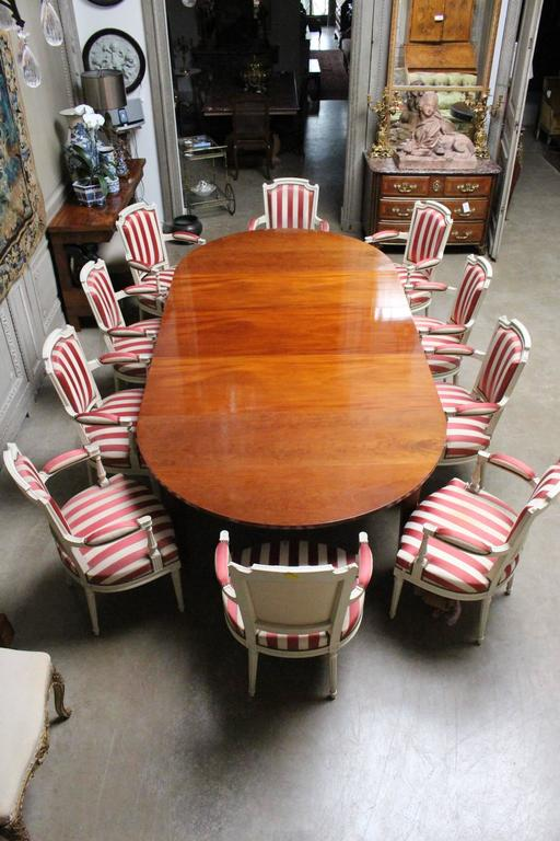 French Louis XVI Mahogany Extension Dining Table For Sale 3