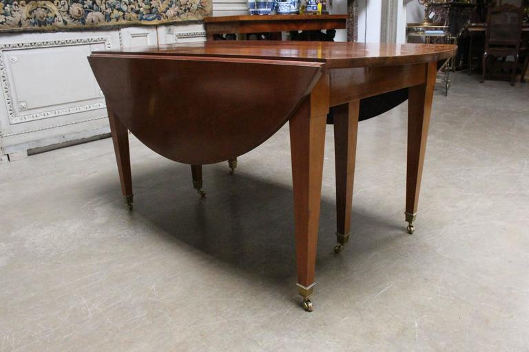 19th Century French Louis XVI Mahogany Extension Dining Table For Sale