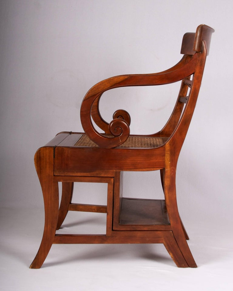 Early 20th Century Regency Style Metamorphic Armchair or Library Ladder In Excellent Condition For Sale In San Francisco, CA