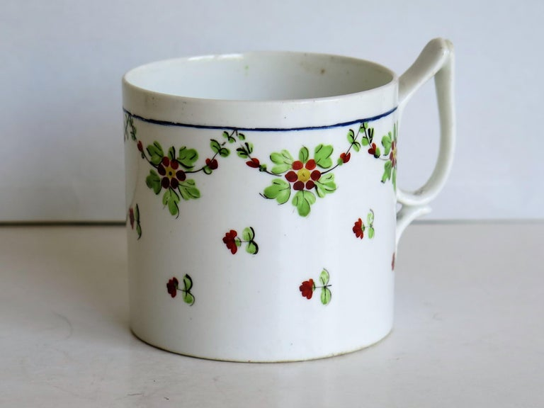 English Very Early 19th Century Derby Porcelain Coffee Can Hand-Painted, circa 1800 For Sale