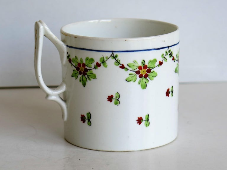 Very Early 19th Century Derby Porcelain Coffee Can Hand-Painted, circa 1800 For Sale 2