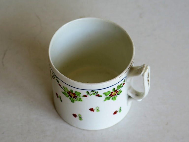 Very Early 19th Century Derby Porcelain Coffee Can Hand-Painted, circa 1800 For Sale 3