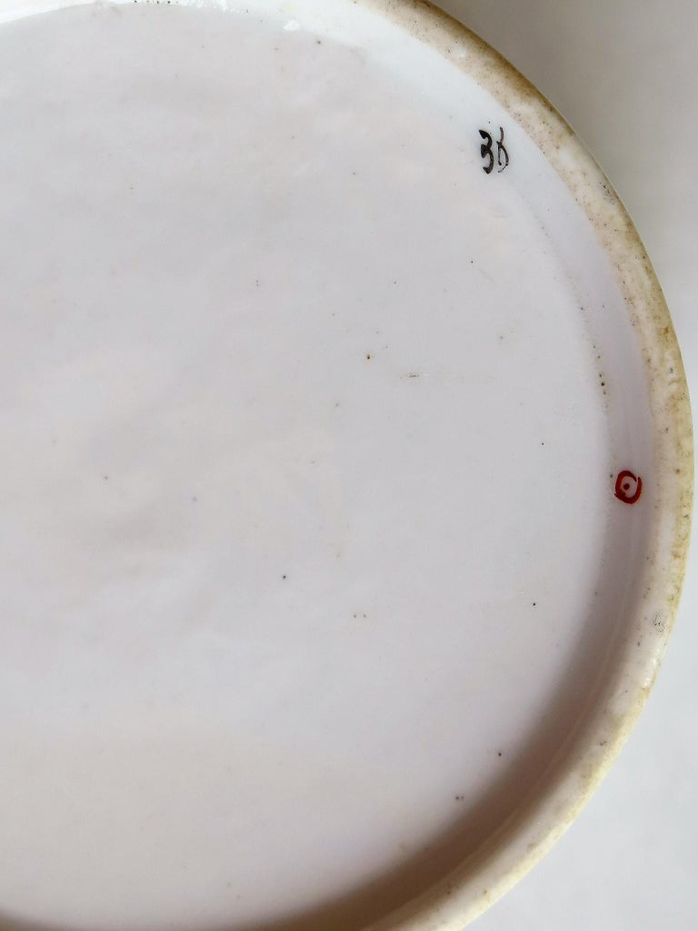 Very Early 19th Century Derby Porcelain Coffee Can Hand-Painted, circa 1800 For Sale 9