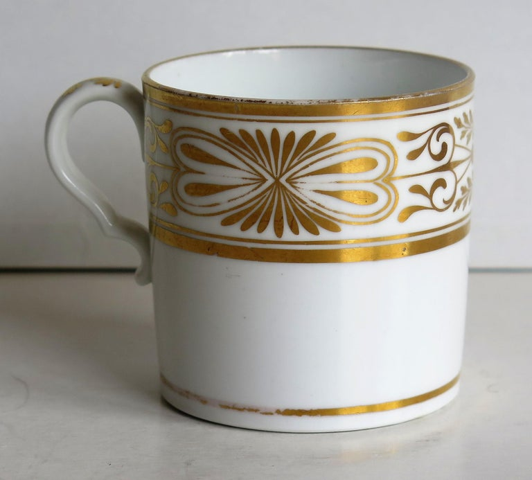 Early 19th Century Spode Porcelain Coffee Can Hand Gilded Pattern 1099, Ca 1810 For Sale 2