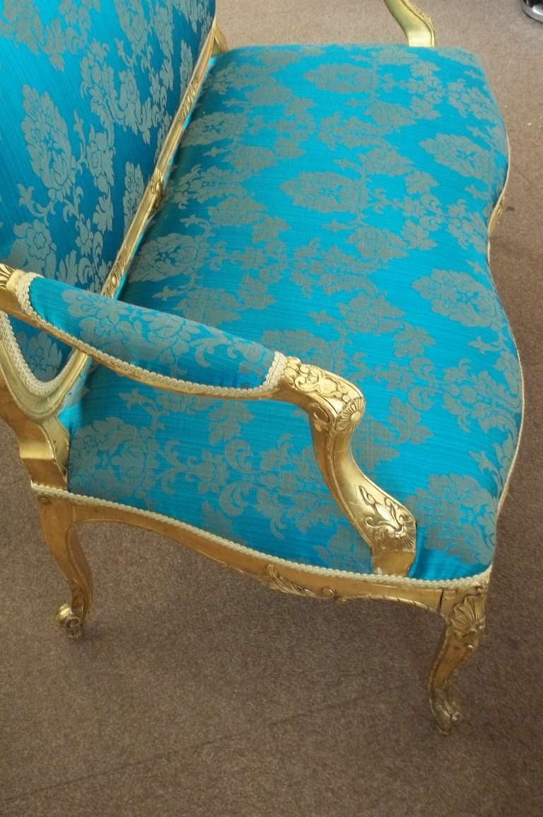 Damask Mid-19th Century Settee or Sofa Louis XV Style Giltwood, English, circa 1850 For Sale
