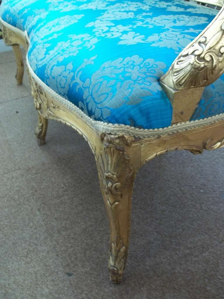 Mid-19th Century Settee or Sofa Louis XV Style Giltwood, English, circa 1850 For Sale 2