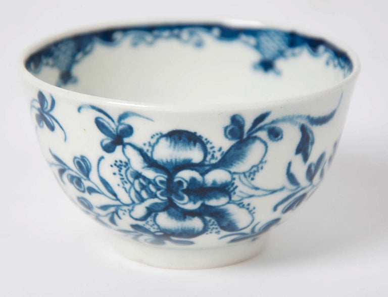 First Period Worcester Porcelain Tea Bowl and Saucer Mansfield Pattern For Sale 2