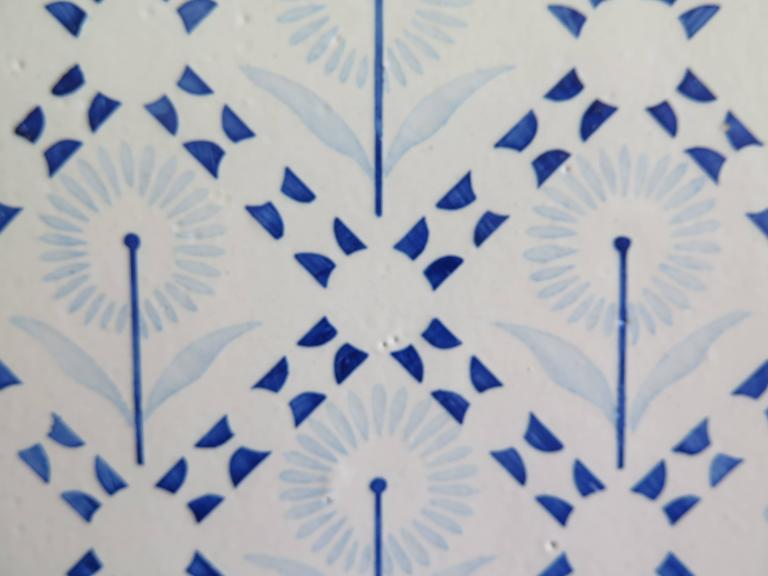 Four Art Deco Period Ceramic Wall Tiles Blue and White, Dutch, circa 1930 For Sale 2