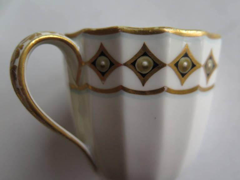 18th Century Very Early Derby Porcelain Coffee Cup Pattern 135 Puce Crown and Batons, Ca 1790 For Sale