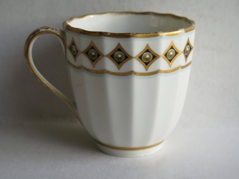 George III Very Early Derby Porcelain Coffee Cup Pattern 135 Puce Crown and Batons, Ca 1790 For Sale