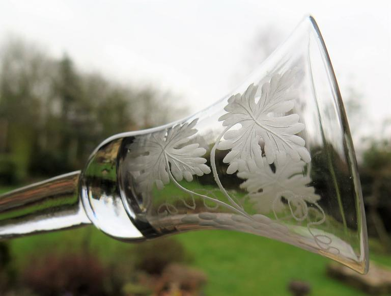 George II English Wine Drinking Glass Engraved Bell Bowl Hand Blown, Circa 1745 For Sale 2