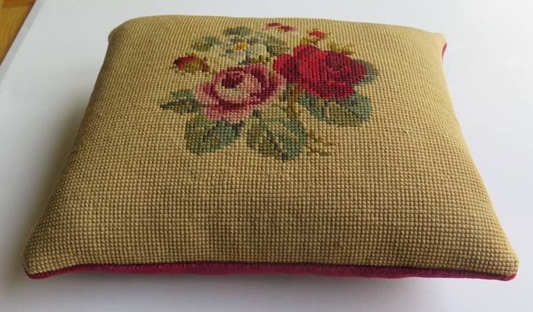 Hand-Crafted Late 19th Century Pillow or Cushion Needlepoint tapestry Art-Nouveau Design For Sale
