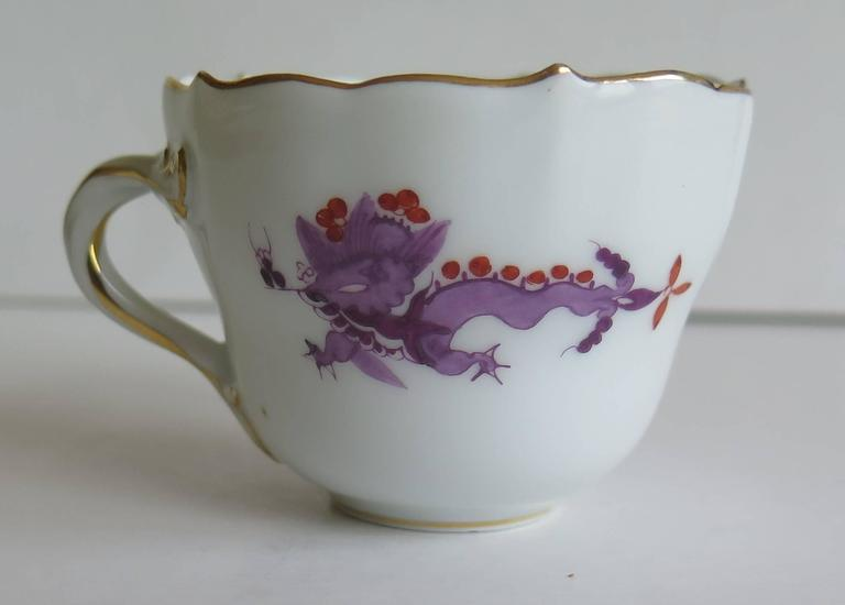 Meissen Porcelain Demitasse Cup and Saucer Chinese Dragon Pattern, circa 1928 In Good Condition For Sale In Lincoln, Lincolnshire