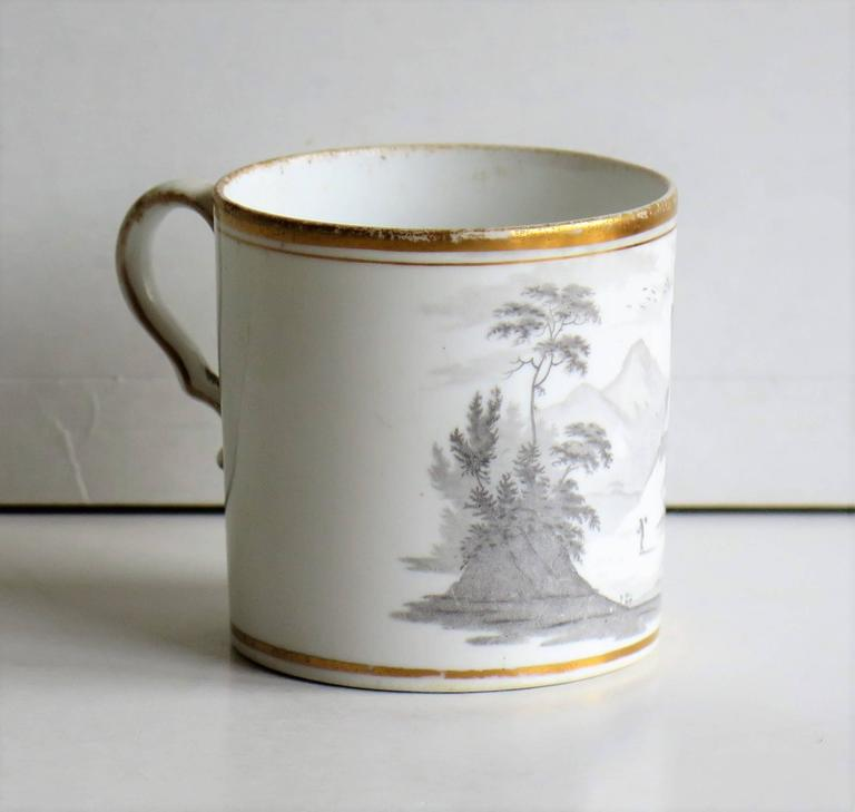 English Georgian, Spode Porcelain Coffee Can, Bat Printed Landscape Ptn. 557, circa 1810 For Sale