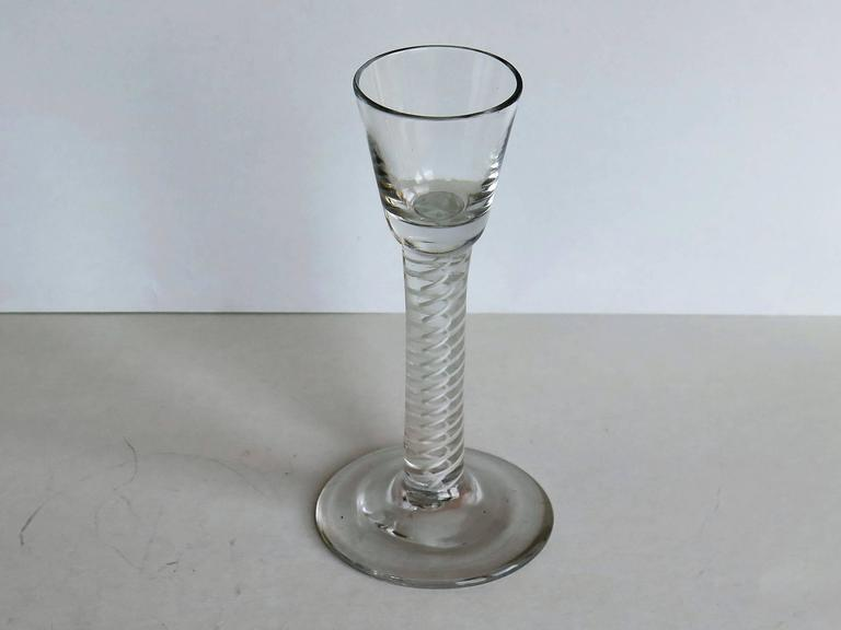 George III Georgian Irish Wine Drinking Glass Hand-blown thick Cotton Twist Stem, Ca 1770 For Sale
